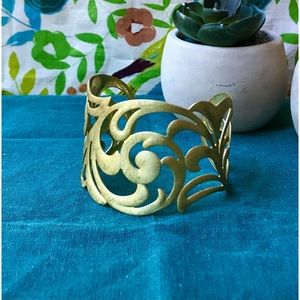 Gold Filigree-Detail Cuff Bracelet